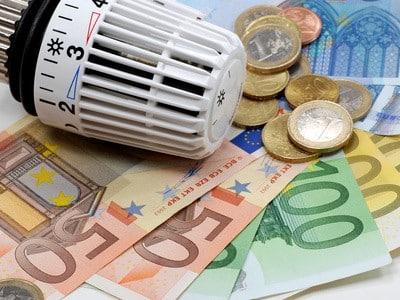 Energiekosten sparen: Heizkosten © fotolia / gourmecana